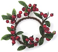 12cm candle ring with cranberries and leaves