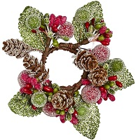 Icy Christmas wreath for taper candles