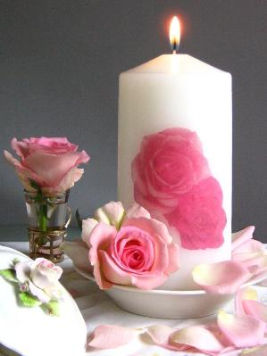 Centerpieces With Candles And Roses